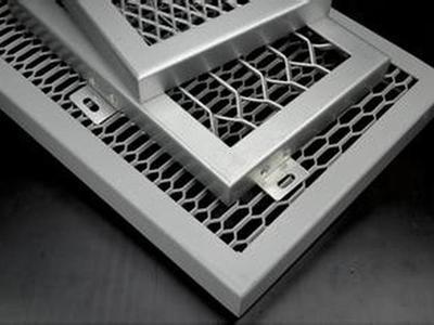 拉伸铝网板